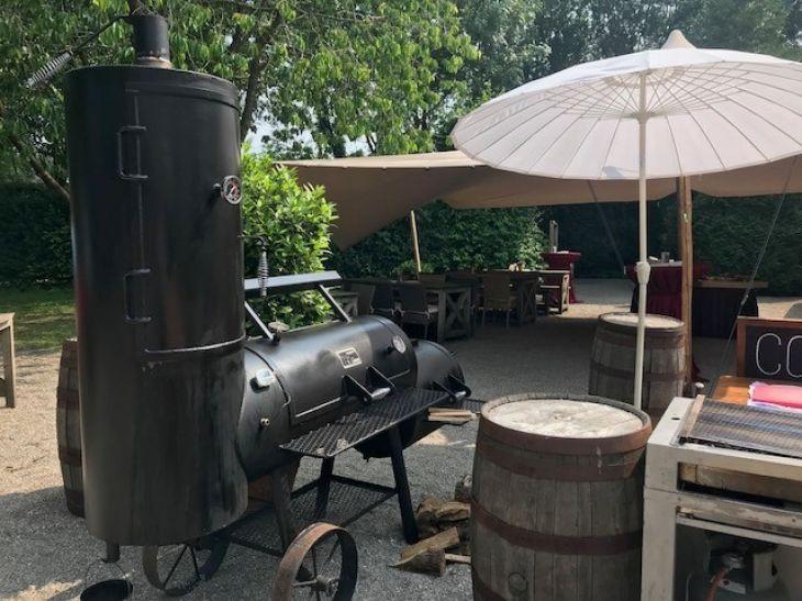 Hout gestookte barbecue