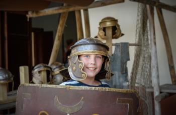 Archeon is weer open