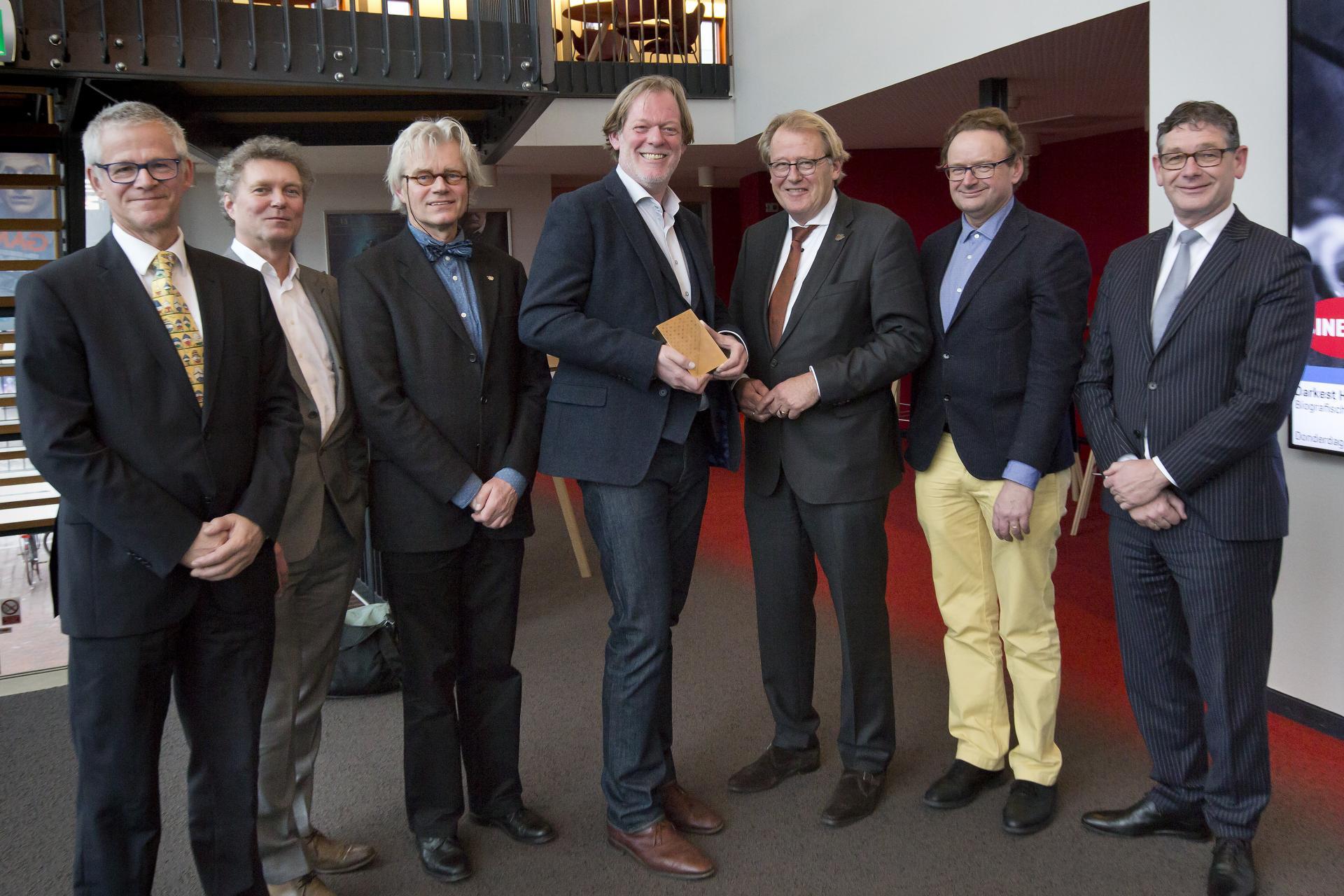 Cultuurprijs Zuid-Holland 2018 uitgereikt aan Tom Hazenberg